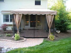 screened canopy